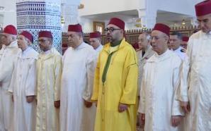 """أمير المؤمنين يدشن مسجد """"فلسطين"""" ويؤدي به صلاة الجمعة"""