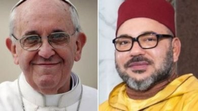Photo of البابا فرانسيس وجلالة الملك سينقلان للعالم رسائل بليغة تدعو إلى التآخي