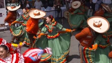 Photo of راقصون مكسيكيون يحطمون الرقم القياسي العالمي في مهرجان غوادالاخارا
