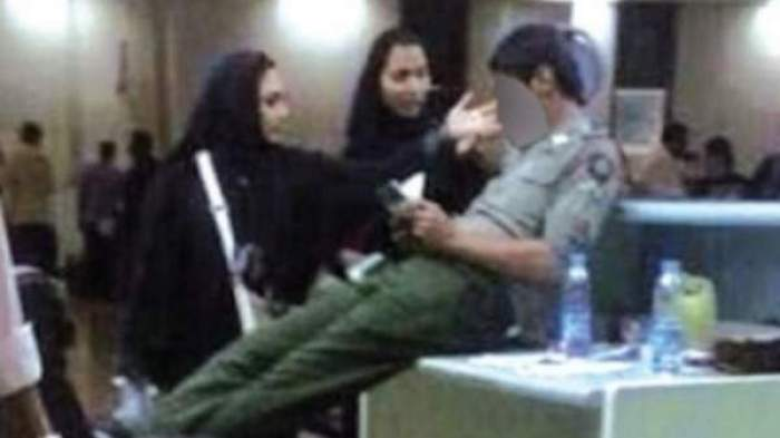 Photo of صورة دمرت مستقبل موظف جوازات سعودي