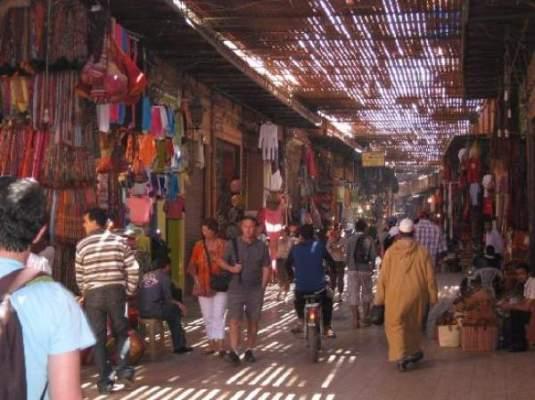 Photo of صحيفة بريطانية تنصح السياح بزيارة مدن مغربية أخرى على غرار مراكش
