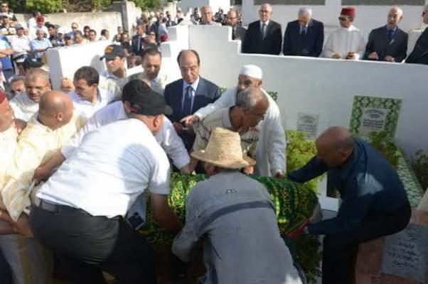 Photo of بالصور: تشييع جنازة والدة المدير العام للأمن الوطني بوشعيب ارمبل
