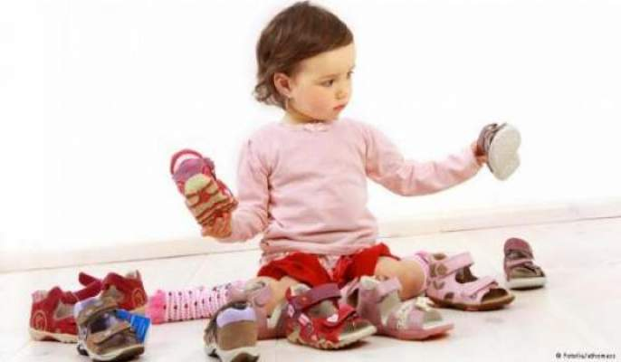 Photo of حذاء الطفل يجب أن يناسب مقاس قدمه