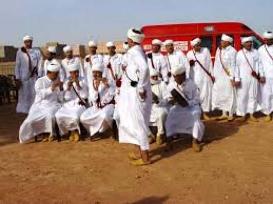 Photo of الرقص فوق القعدة على إيقاع الموسيقى الامازيغية