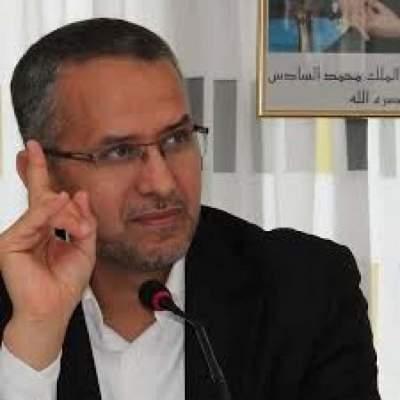 Photo of متاعب الشوباني مستمرة مع الإعلام ويهدد باللجوء إلى القضاء