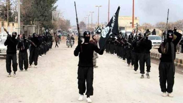 Photo of تفكيك خلية داعشية من 5 أفراد وبحوزتها قنابل ومسدسات