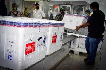 Imagem: Vacina da covid Estado inicia hoje distribuição de mais de 100 mil doses de vacinas; veja como será