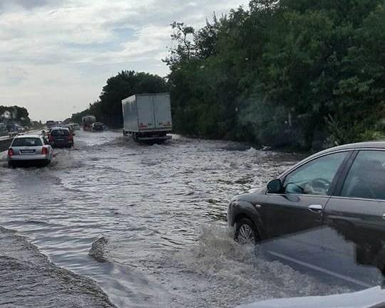 Strada regionale Pontina, un dramma anche con la pioggia