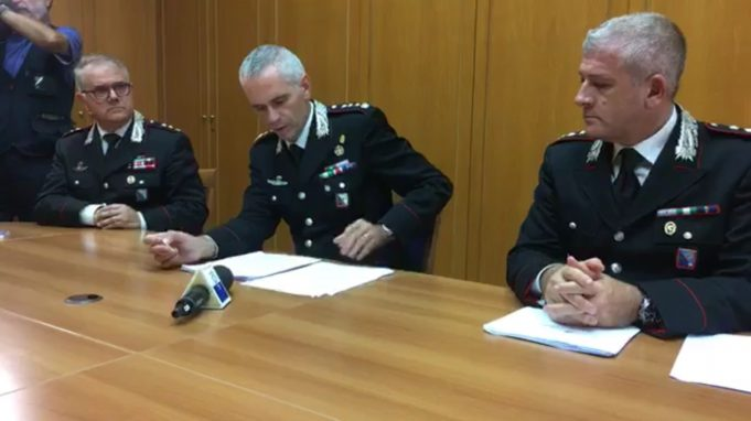 Latina. Scuola e palestra posta sotto sequestro: la conferenza stampa dei Carabinieri (filmato)