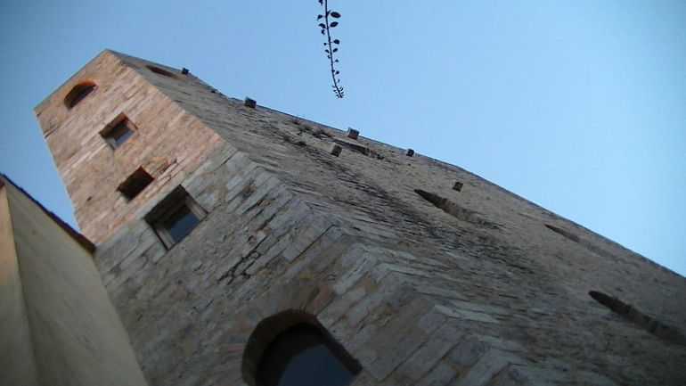 """Terracina:Torre degli Acso e dintorni. """"Il famoso guadagno di Maria Cazzetella"""""""