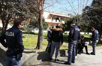 Latina, Spacciatore arrestato in serie, sempre libero