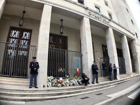 Per l'uccisione dei due agenti di Polizia, solidarietà totale