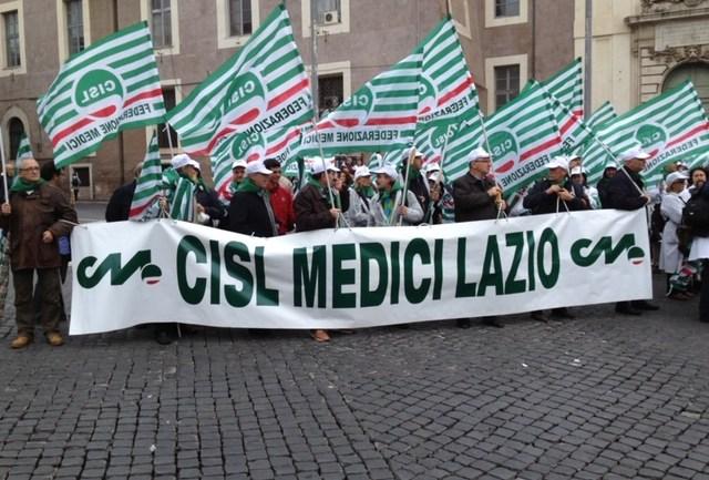Cisl Medici Lazio, basta con le aggressioni ai Camici Bianchi