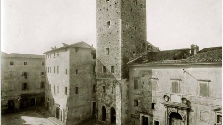 Terracina. Costruzione Palazzo comunale nel 1948, pilatesca decisione di una classe politica improvvida