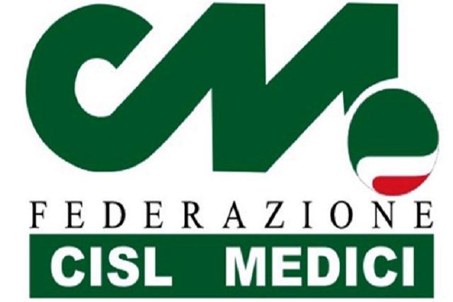 Per il personale ospedaliero a contatti con i pazienti, stanziati 36 milioni di euro per il disagio e l'impegno