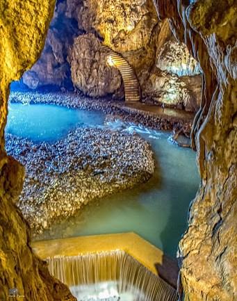 Viaggia con  Cotral  e ottieni l'ingresso scontato alle Grotte di Pastena, di Collepardo e al Castello di S. Severa