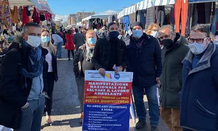 L'Ugl Lazio scende in piazza a sostegno dell'Associazione Nazionale ambulanti
