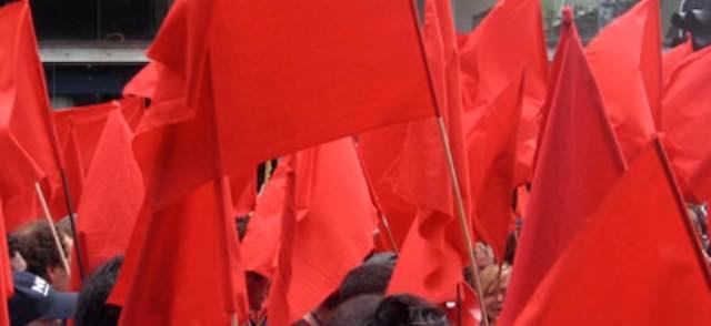 Sabato in piazza a Roma, bandiere rosse contro fascismo