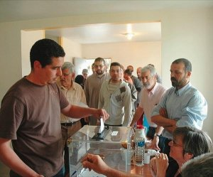 Le maire PS de Montluel encourage, sciemment, le développement de ghettos renforcés par le pouvoir religieux et la mosquée