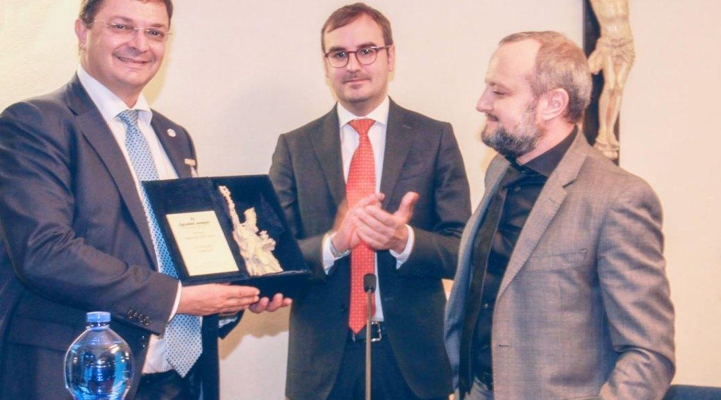 Premiazione Luciano Ghelfi Agostino dell'Anno