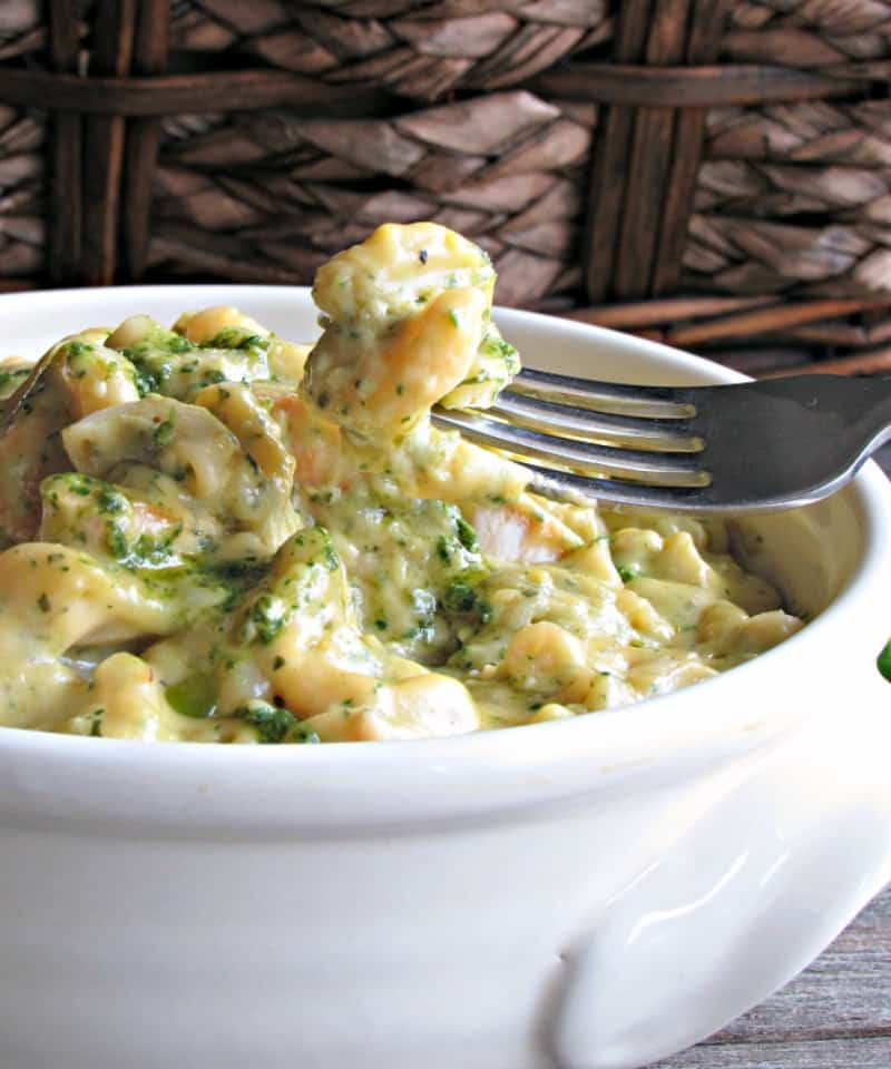 Chicken Pesto Mac and Cheese ~ macaroni and tender bites of chicken in a creamy, silky cheese sauce with the garden-fresh flavors of pesto.