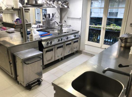 Un'agenzia a Parigi per utilizzare le cucine dei ristoranti chiusi