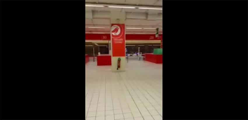 Chiude l'iper Auchan di Fiumicino: in un video la fine di un'era