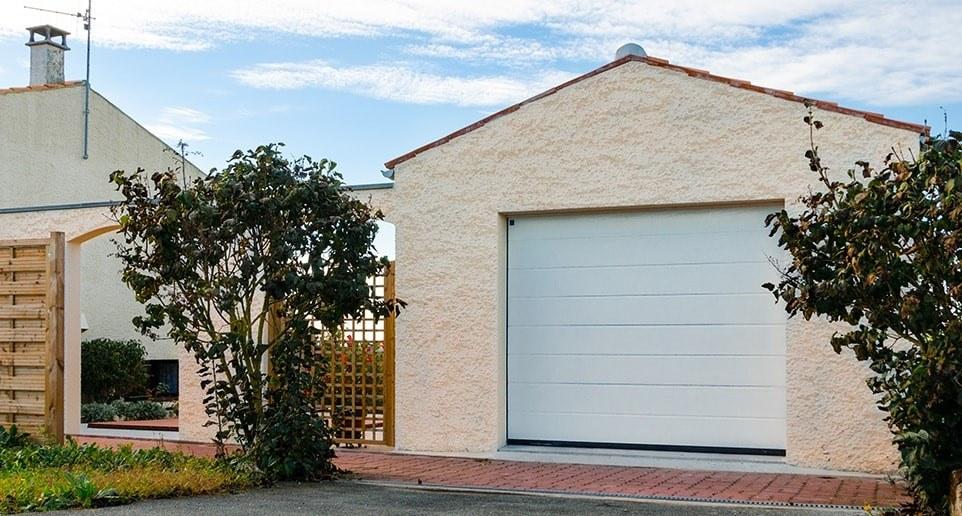 un garage en parpaing