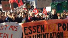 La manifestazione a Berna