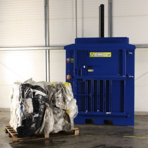 Ag-mac V150 Waste Baler
