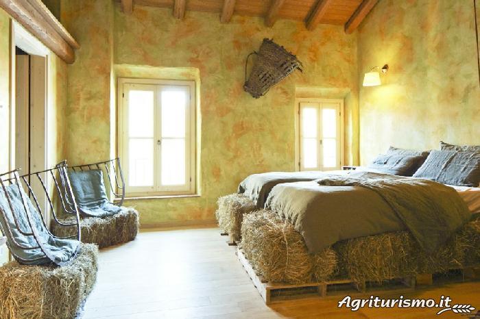 Agriturismo Prices And Accommodation Oasi Di Galbusera