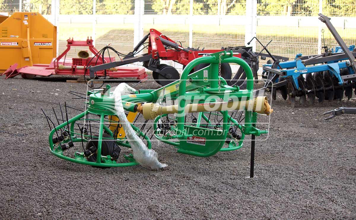 Ancinho Enleirador e Espalhador SPIN 3000 S2 – JF > Novo - Ancinho - JF - Agrobill - Tratores, Implementos Agrícolas, Pneus