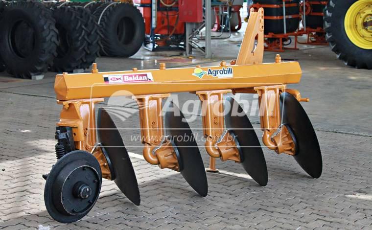 Arado Fixo 4 Discos / Baldan – Usado - Arado de Discos e Aivecas - Baldan - Agrobill - Tratores, Implementos Agrícolas, Pneus