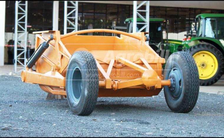 Scraper / Madal – 3.7 M³ – Com Rodas Traseiras - Scraper - Madal - Agrobill - Tratores, Implementos Agrícolas, Pneus