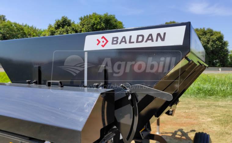 Distribuidor de Calcário e Fertilizantes DCF-C 6000 / Transmissão por Correias – Baldan > Novo - Distribuidor de Calcário - Baldan - Agrobill - Tratores, Implementos Agrícolas, Pneus