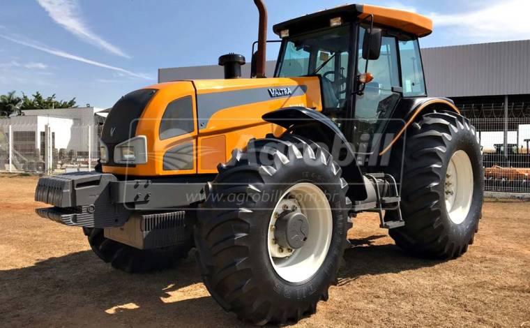 Trator Valtra BH 145 4×4 ano 2012 - Tratores - Valtra - Agrobill - Tratores, Implementos Agrícolas, Pneus