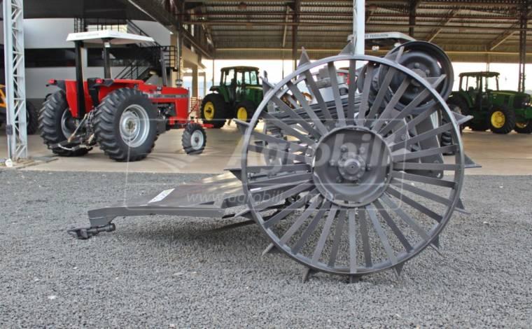 Roçadeira de Arrasto SP2 – Inroda > Nova - Roçadeira - Inroda - Agrobill - Tratores, Implementos Agrícolas, Pneus