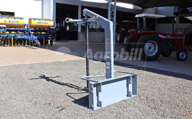 Guincho de Big Bag para PAM 800 Trator Valtra BM110.4 / 125.4 – Baldan > Novo - Acessórios para Plainas Dianteiras - Baldan - Agrobill - Tratores, Implementos Agrícolas, Pneus