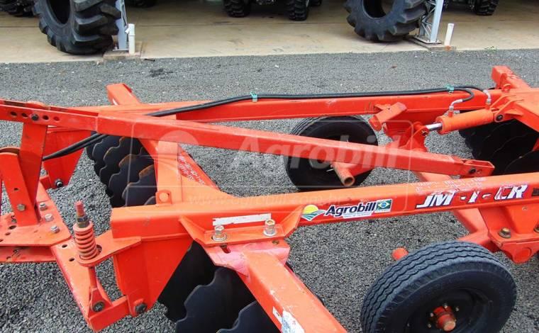 Grade Aradora Intermediária JM I CR  24 discos / Jumil – Usada - Grades Aradoras - Jumil - Agrobill - Tratores, Implementos Agrícolas, Pneus