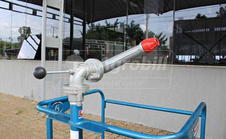 Canhão de Combate a Incêndio 1.1/2″ em Ferro Fundido – Andrade > Novo - Bomba de Água - Andrade - Agrobill - Tratores, Implementos Agrícolas, Pneus