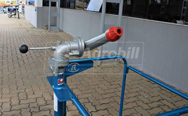 Plataforma Tubular + Canhão de 1.1/2″ em Ferro Fundido – Andrade > Novo - Bomba de Água - Andrade - Agrobill - Tratores, Implementos Agrícolas, Pneus