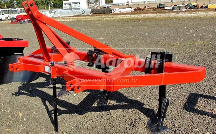 Cultivador 3 Linhas com Hastes Reguláveis > Usado - Cultivadores - Personalizado - Agrobill - Tratores, Implementos Agrícolas, Pneus