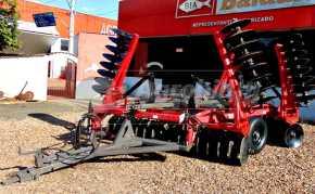 Grade Niveladora Controle Remoto Articulada SNVAP 72 x 22″ x 175 mm – Baldan > Nova - Grades Niveladoras - Baldan - Agrobill - Tratores, Implementos Agrícolas, Pneus