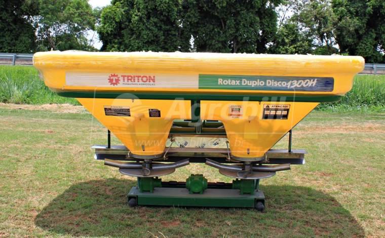 Distribuidor Semeador Rotax Disco Duplo 1300H / Hidráulico – Triton > Novo - Distribuidor de Calcário - Triton - Agrobill - Tratores, Implementos Agrícolas, Pneus