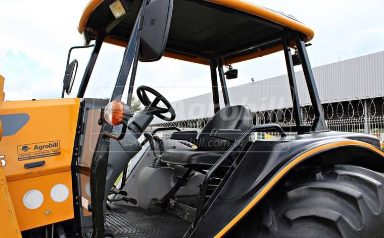 Trator Valtra BH 165 4×4 ano 2011 com Conjunto de Lâmina Baldan e peito de aço / Pneus Duplados - Tratores - Valtra - Agrobill - Tratores, Implementos Agrícolas, Pneus