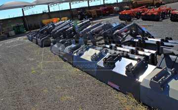Conjunto de Concha PAM 1100 BT para Tratores New Holland 7630 / 2007 á 2013 Paralama Azul GII motor NH – Baldan > Novo - Conjunto para Ford/New Holland - Baldan - Agrobill - Tratores, Implementos Agrícolas, Pneus