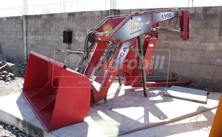 Conjunto de Concha PCA 1100 BT para Tratores Case XM 165 / 180-4 – Tatu > Novo - Conjunto para Case - Tatu Marchesan - Agrobill - Tratores, Implementos Agrícolas, Pneus