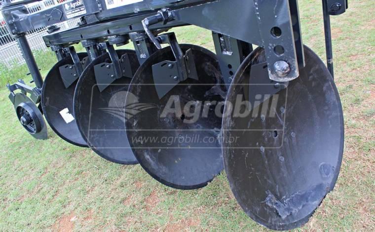 Arado Reversível Hidráulico 4 Discos – Baldan > Novo - Arado de Discos e Aivecas - Baldan - Agrobill - Tratores, Implementos Agrícolas, Pneus