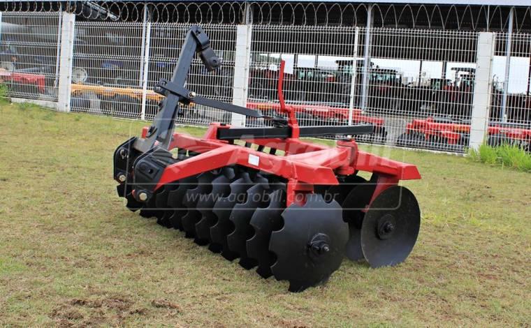 Grade Niveladora Hidráulica GNL 24 – Tatu > Usada - Grades Niveladoras - Tatu Marchesan - Agrobill - Tratores, Implementos Agrícolas, Pneus