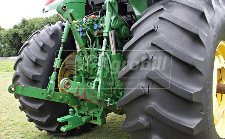 Trator John Deere 6180 J 4×4 ano 2014/2015 com 2237 horas - Tratores - John Deere - Agrobill - Tratores, Implementos Agrícolas, Pneus